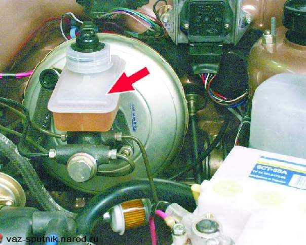 Фото №17 - замена бачка тормозной жидкости ВАЗ 2110