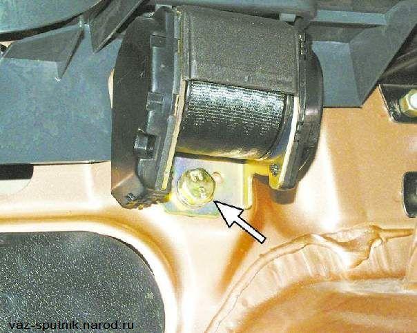 Фото №5 - ремонт ремня безопасности ВАЗ 2110